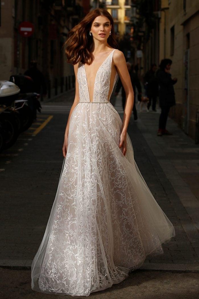 Plunge neckline Jolie Bridal
