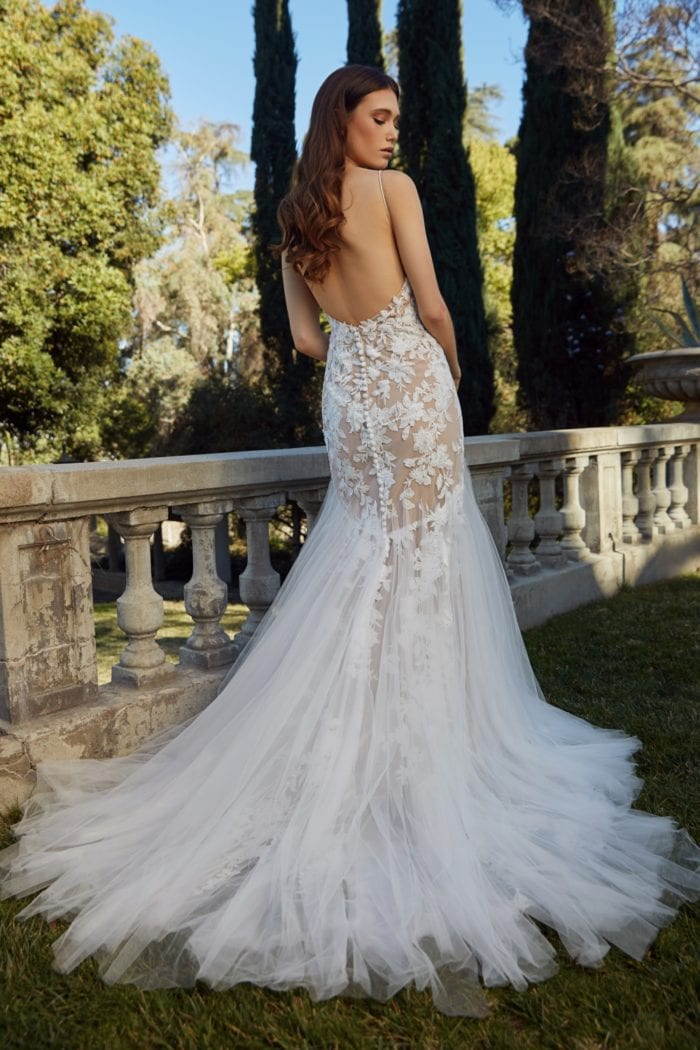 Tulle and lace open back bridal gown