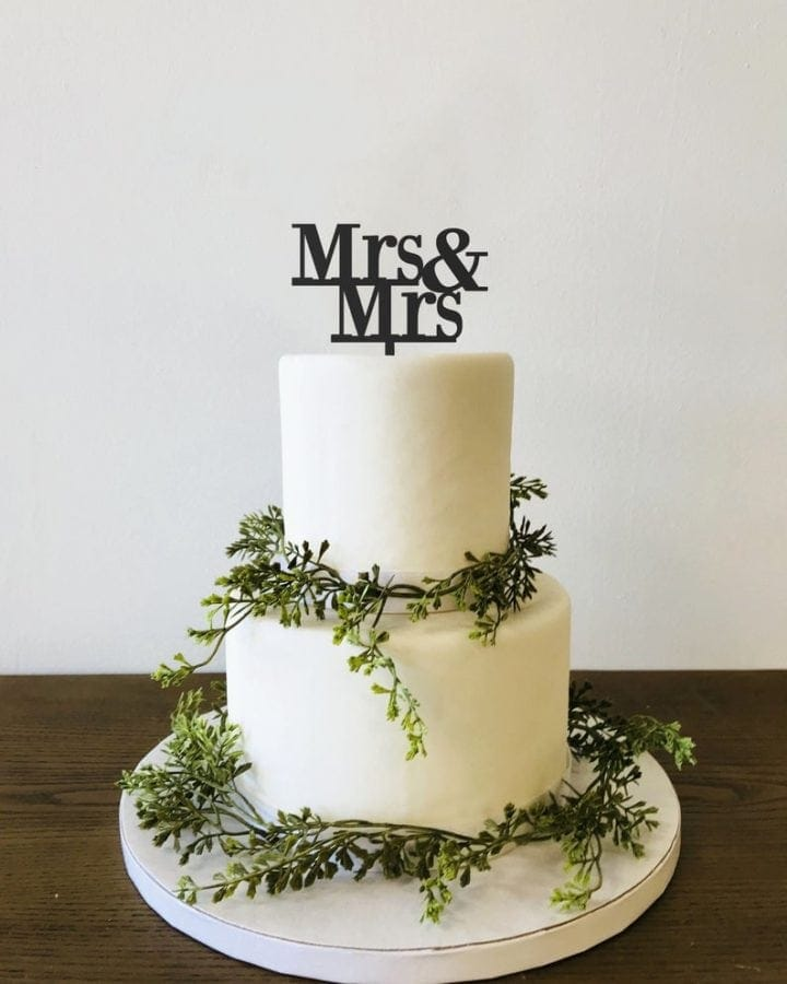 Mrs and Mrs Wedding cake topper
