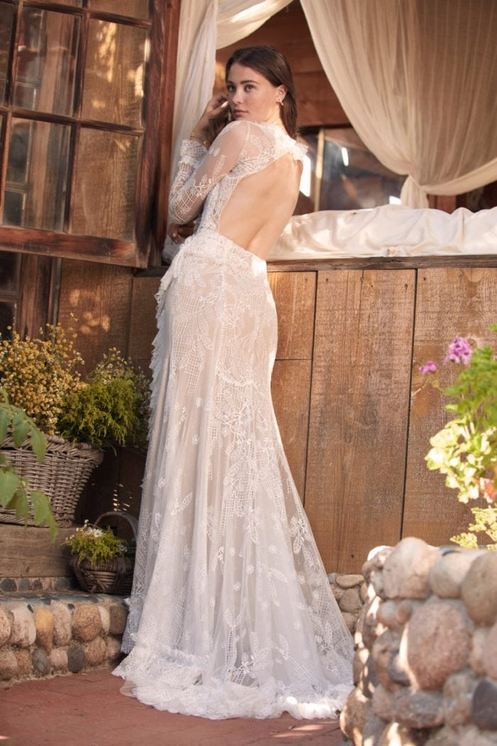 Lorne Gown Willowby