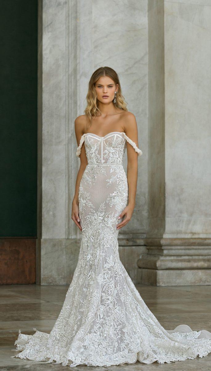 Off the shoulder corset Berta wedding