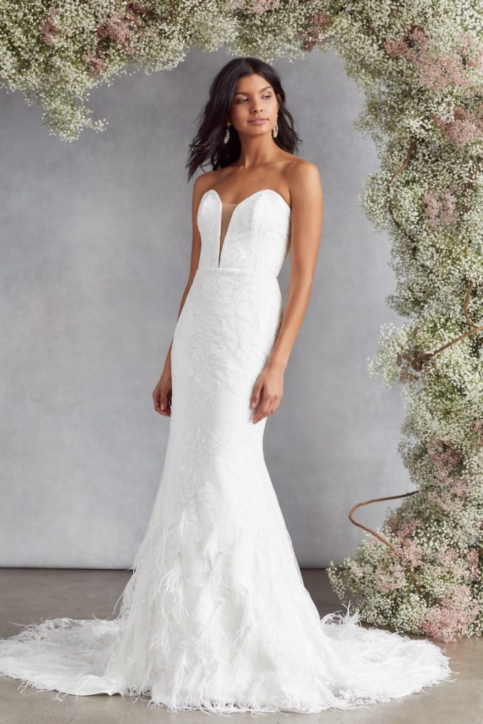 Strapless plunge wedding dress