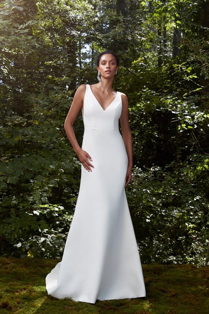 Modern V neck wedding dress