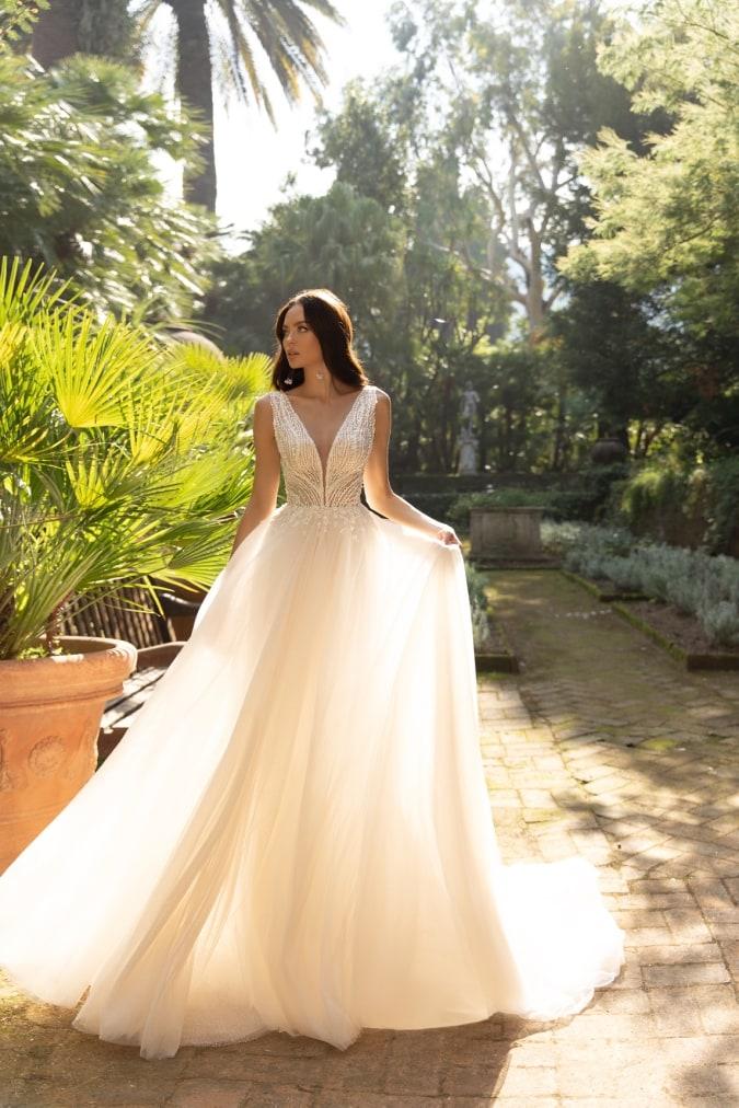 V neck wedding dress with light tulle skirt